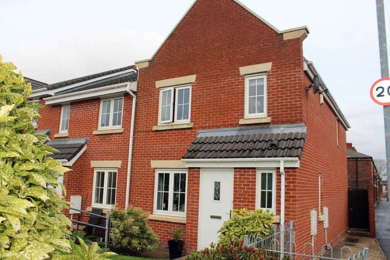 4 Bedrooms Town House for sale in Jethro Street, Bolton
