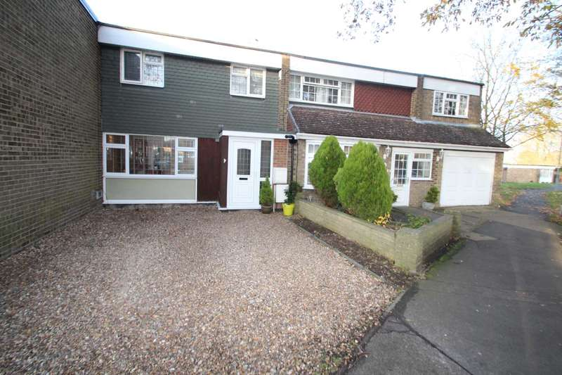 3 Bedrooms Terraced House for sale in THREE BEDROOM FAMILY HOME WITH OFF ROAD PARKING