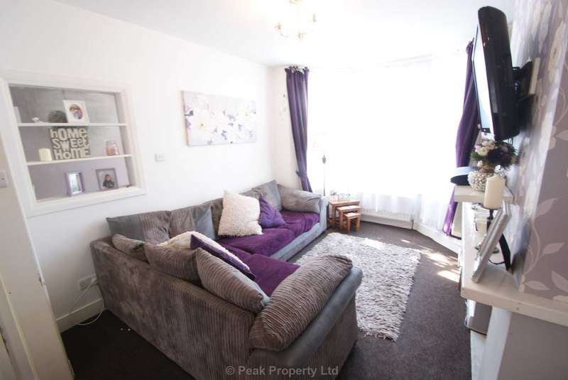 3 Bedrooms Terraced House for rent in St. Anns Road, Southend On Sea