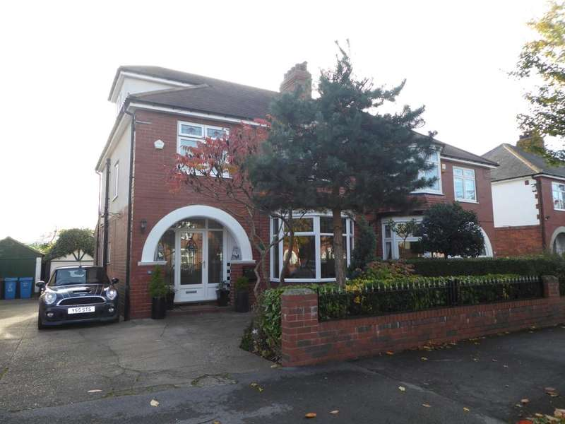 4 Bedrooms House for sale in Allderidge Avenue, Hull, HU5 4EQ