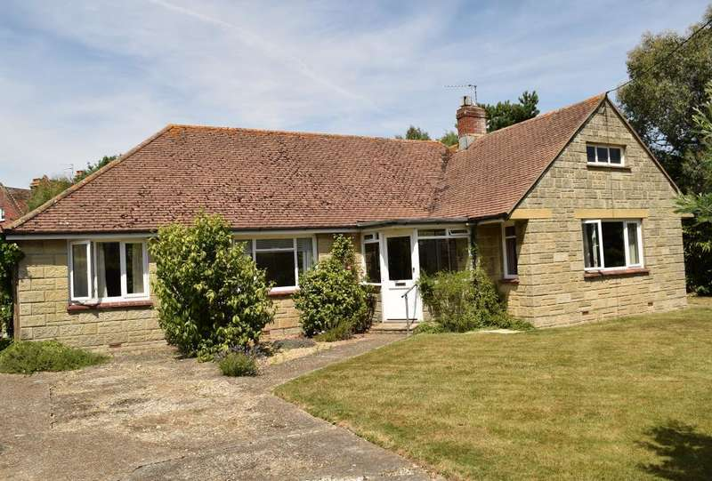 4 Bedrooms Detached Bungalow for sale in Swains Road, Bembridge, Isle of Wight, PO35 5XR