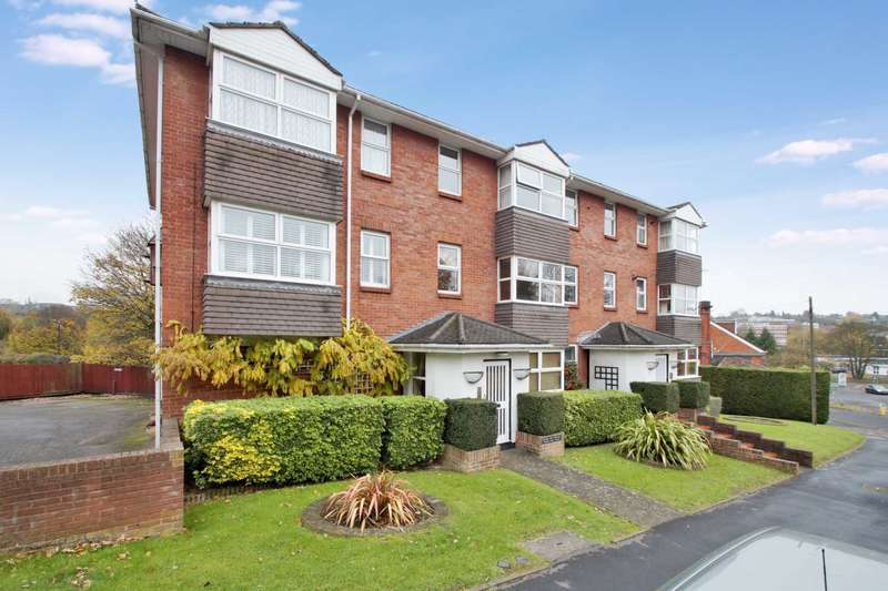 2 Bedrooms Flat for sale in Gadebridge Court, Warners End Road