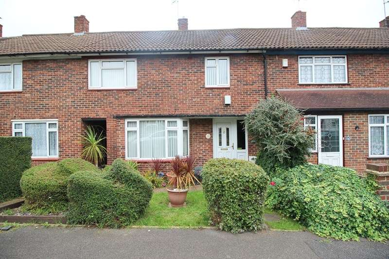3 Bedrooms Terraced House for sale in Grimston Road, Basildon