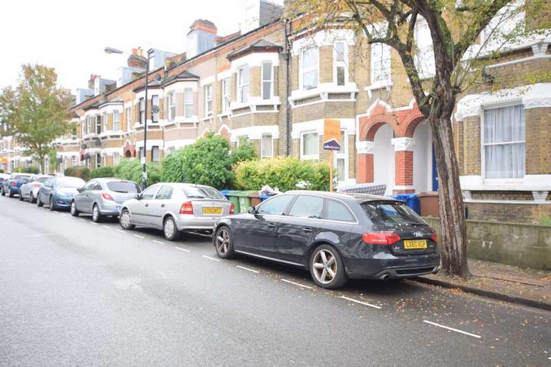 6 Bedrooms House for rent in Shenley Road, London SE5
