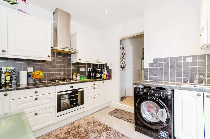 1 Bedroom Flat for sale in Herga Road, Harrow, HA3