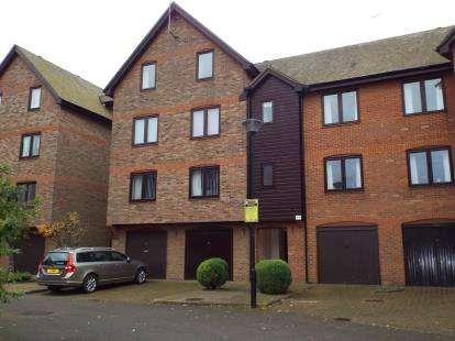 2 Bedrooms Flat for sale in Paige Stair Lane, Kings Lynn, Norfolk