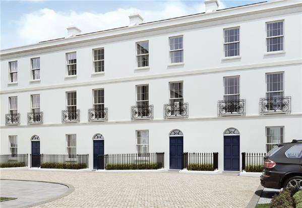 3 Bedrooms Town House for sale in The Shurdington, Regency Place, CHELTENHAM GL52 2LZ