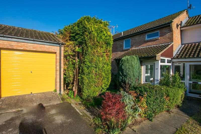 4 Bedrooms Semi Detached House for rent in King Henry Close, Cheltenham GL53 7EZ