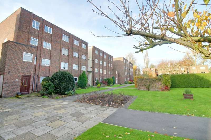 2 Bedrooms Flat for sale in Broadmeads, Ware