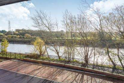 1 Bedroom Flat for sale in The Point, Maritime Way, Preston