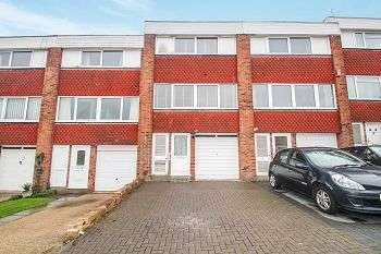 4 Bedrooms Town House for sale in Beblets Close, Green Street Green, Orpington, Kent, BR6 6LD