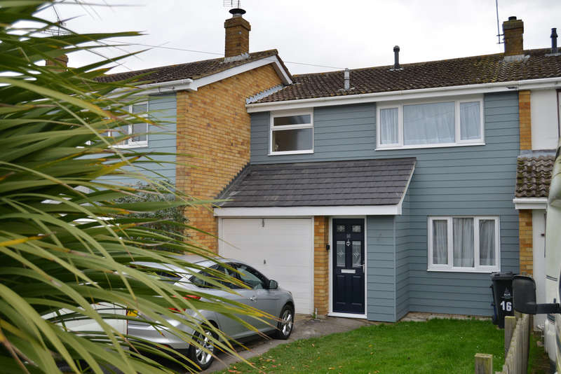 3 Bedrooms Terraced House for sale in Devonshire Road, Southminster