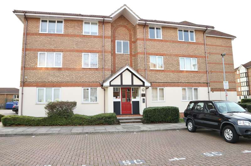 1 Bedroom Ground Flat for sale in Chandlers Drive, Erith, Kent, DA8 1LW
