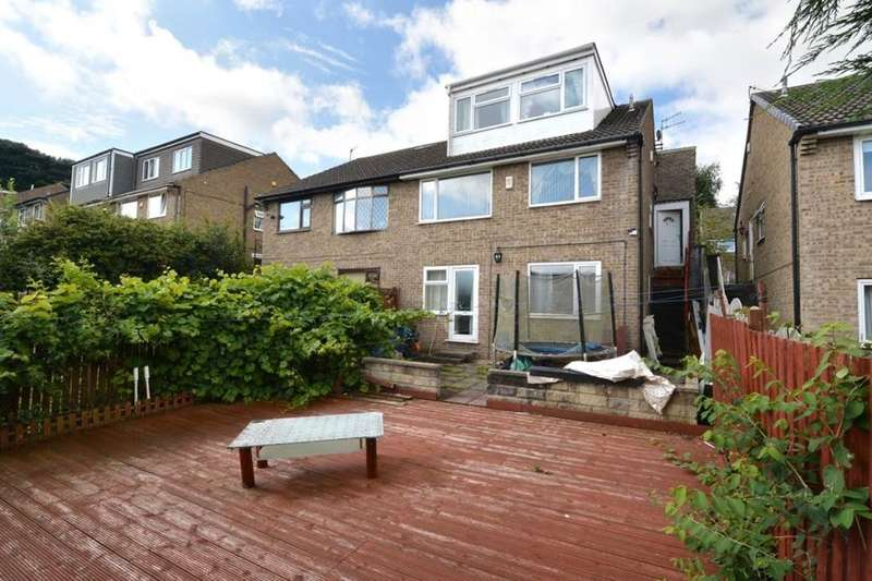 5 Bedrooms Semi Detached House for sale in Grey Friar Walk, Bradford, BD7