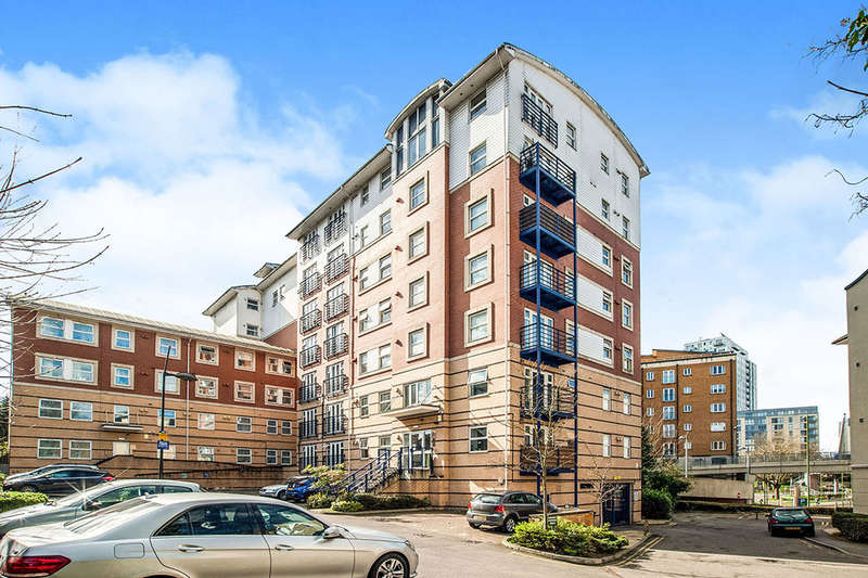 2 Bedrooms Flat for sale in Selden Hill, Hemel Hempstead, HP2
