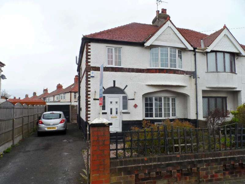 3 Bedrooms Semi Detached House for sale in Fleetwood Road, THORNTON CLEVELEYS, FY5 1NG