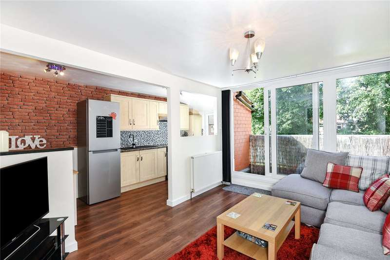1 Bedroom Apartment Flat for sale in Warsaw Close, Ruislip, Middlesex, HA4