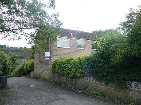 3 Bedrooms Town House for rent in Chapel Street, Uppermill, Saddleworth