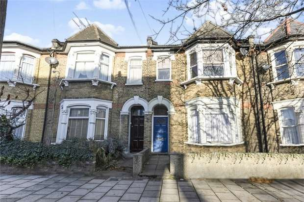 2 Bedrooms Flat for sale in College Road, London