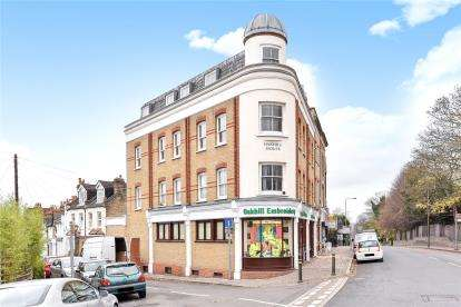 2 Bedrooms Flat for sale in Bromley Road, Beckenham