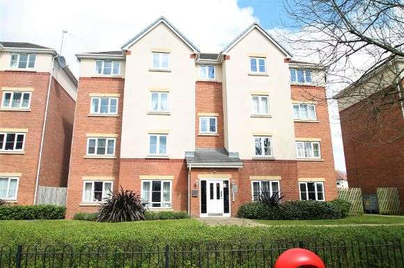 2 Bedrooms Flat for sale in Holyhead Road, Wednesbury