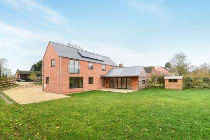 4 Bedrooms Detached House for sale in Back Lane, Beckford, Tewkesbury, Worcestershire