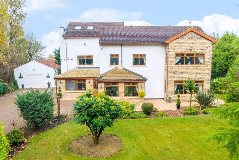 5 Bedrooms Detached House for sale in Clara Drive , Calverley, LS28