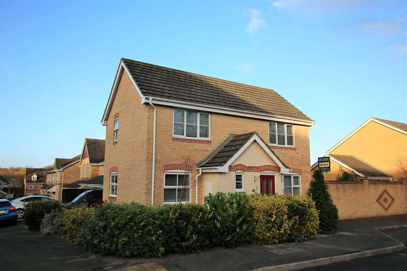 3 Bedrooms Detached House for sale in Oceana Crescent, Beggarwood, Basingstoke, RG22