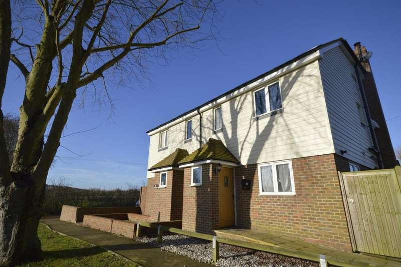 3 Bedrooms Semi Detached House for sale in Bayfield, Painters Forstal, Faversham, ME13