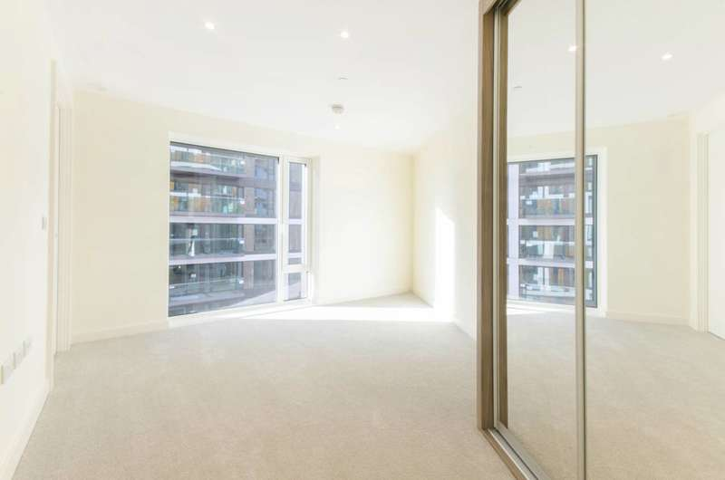2 Bedrooms Flat for rent in Royal Arsenal Riverside, Woolwich, SE18