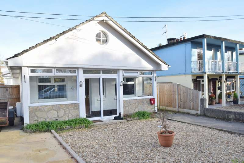 2 Bedrooms Bungalow for sale in Organford