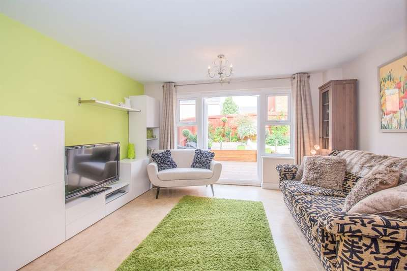3 Bedrooms End Of Terrace House for sale in Willowbrook Gardens, St. Mellons, Cardiff