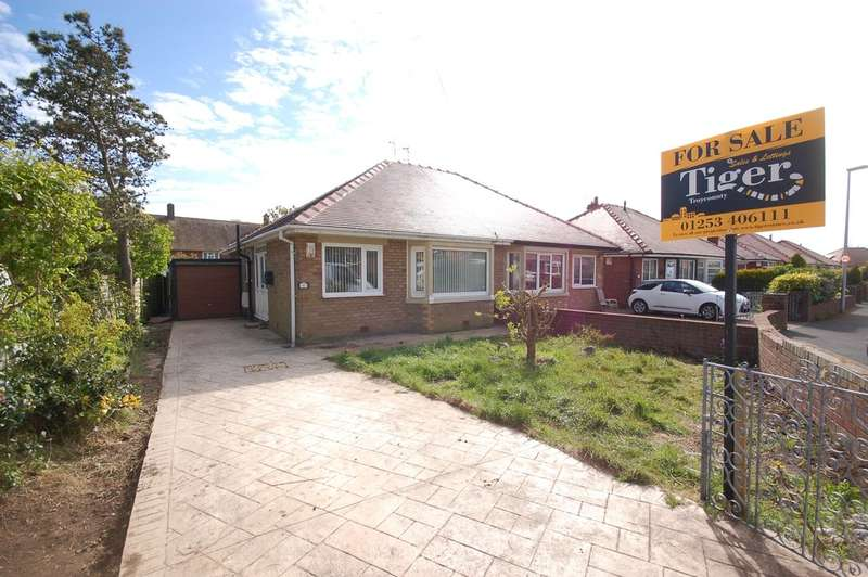 2 Bedrooms Semi Detached Bungalow for sale in Annan Crescent, Blackpool