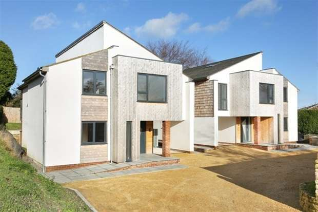 4 Bedrooms Detached House for sale in Chapmanslade