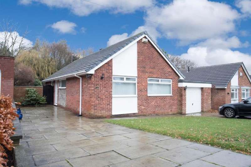 3 Bedrooms Detached Bungalow for sale in Quickswood Drive, Woolton, L25