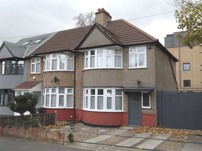 3 Bedrooms Semi Detached House for rent in Sidmouth Avenue, Isleworth
