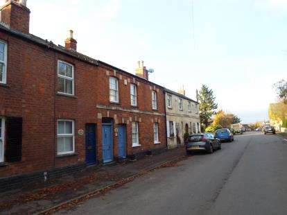 2 Bedrooms Terraced House for sale in The Burgage, Prestbury, Cheltenham, Gloucestershire