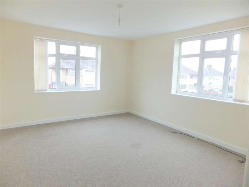 2 Bedrooms Apartment Flat for rent in Childwall Lane, Huyton with Roby, Liverpool