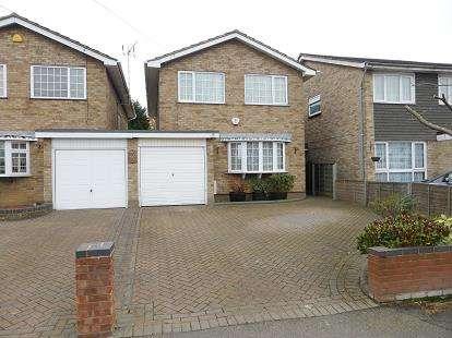 4 Bedrooms Detached House for sale in Benfleet, Essex, .