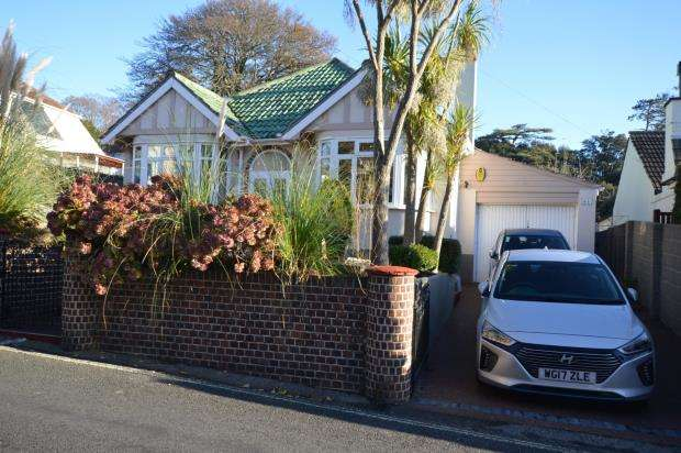 3 Bedrooms Detached Bungalow for sale in Old Teignmouth Road, Torquay, Devon