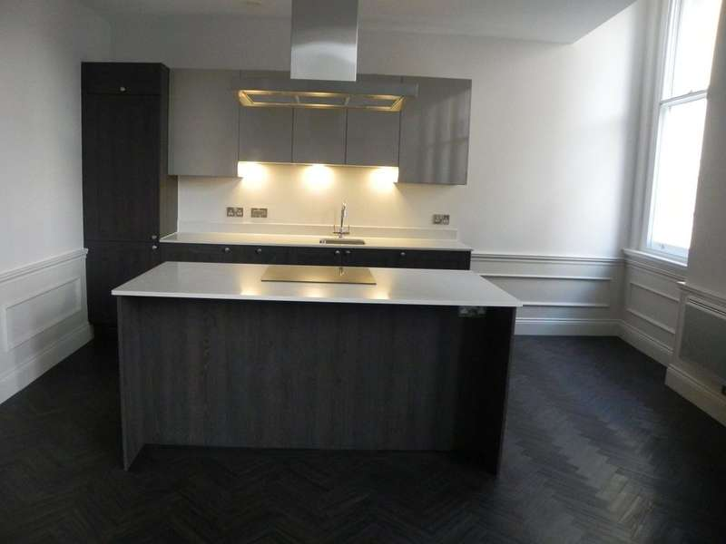 1 Bedroom Flat for rent in Tower building, 22 Water Street ,