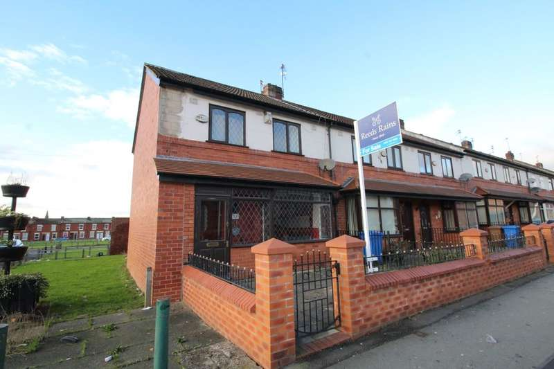 3 Bedrooms Terraced House for sale in Langworthy Road, Salford, M6