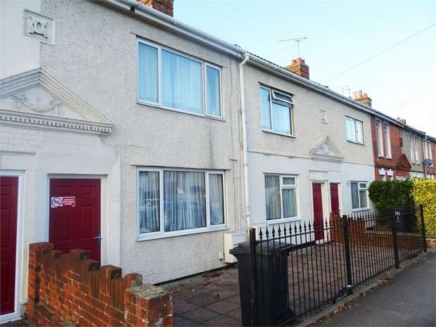 2 Bedrooms Terraced House for sale in Cheney Manor Road, Swindon, Wiltshire