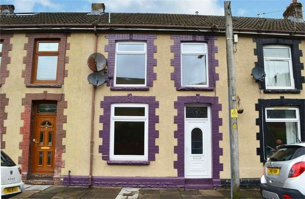 3 Bedrooms Terraced House for sale in Barrett Street, Treorchy, Mid Glamorgan