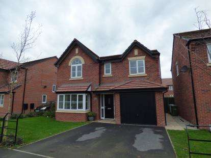 4 Bedrooms Detached House for sale in Warmingham Lane, Middlewich, Cheshire