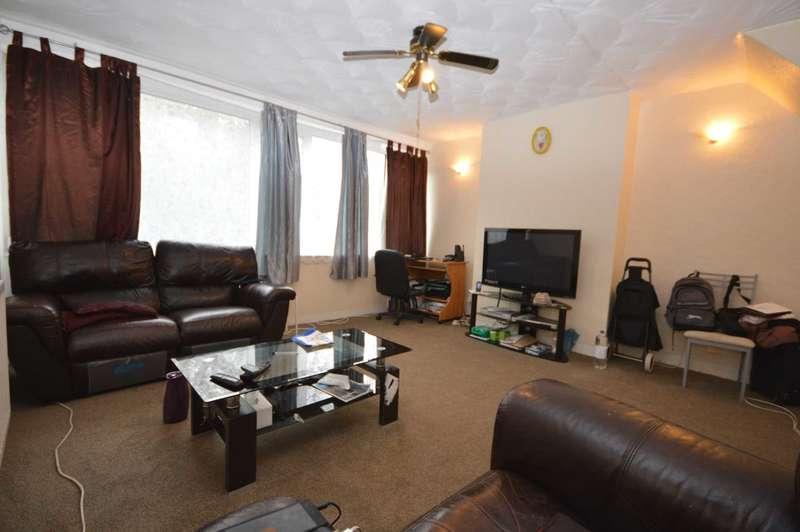 2 Bedrooms Maisonette Flat for sale in Knee Hill Crescent, London