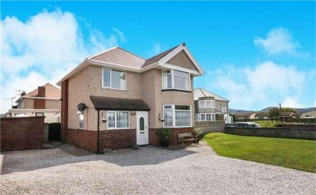 3 Bedrooms Detached House for sale in Towyn Road, Abergele, Conwy