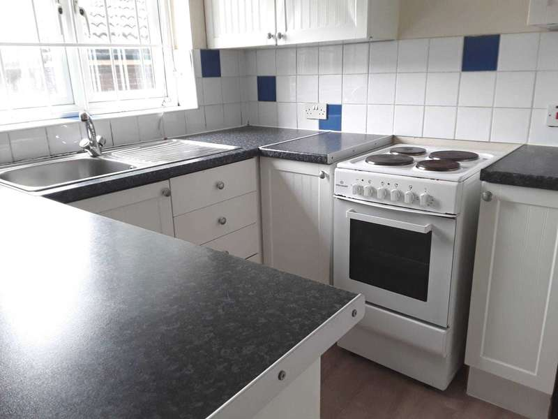 2 Bedrooms Flat for sale in Bowers Walk, E6 5RP