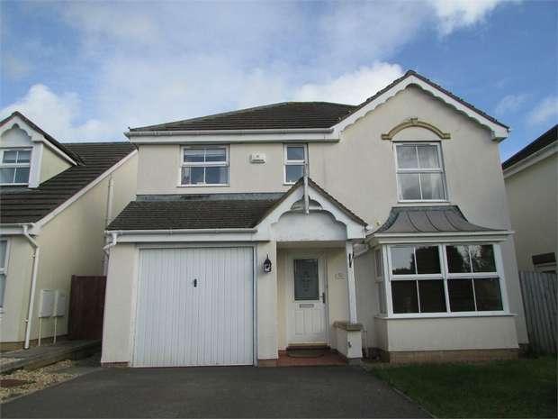 4 Bedrooms Detached House for rent in Gelli Wen, Broadlands, Bridgend