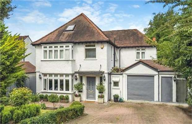5 Bedrooms Detached House for sale in Hartley Down, Purley, Surrey